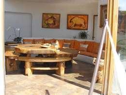 Sala interior de casa: Salas de estilo mediterraneo por Cenquizqui