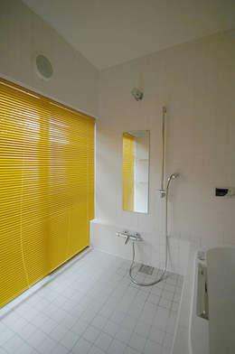 浴室: 大庭建築設計事務所が手掛けた浴室です。