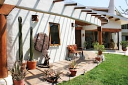 Pasillo Santa Fe: Paisajismo de interiores de estilo  por Cenquizqui