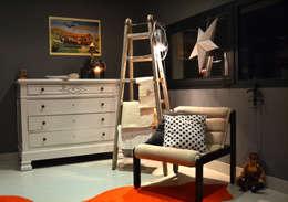 Maison L: Bureau de style de style eclectique par Courants Libres
