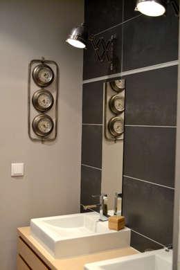 Ванные комнаты в . Автор – Courants Libres