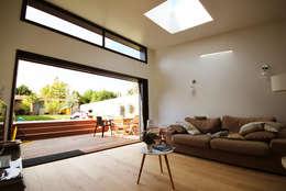 Projet de Rénovation et d'Extension - RENNES - FRANCE:  de style  par Franck LABBAY Architecte