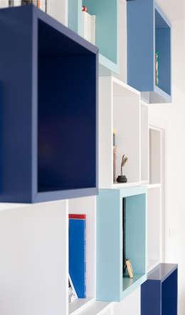Autour d'une Bibliothèque - Paris-15e: Salon de style de style Moderne par ATELIER FB