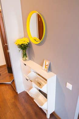Декор квартиры - студии в Москве: Коридор и прихожая в . Автор – L'Essenziale Home Designs