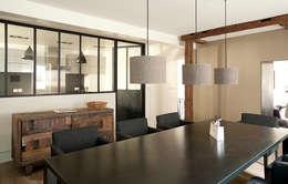 Transformation d'un duplex vétuste en appartement moderne-Paris-3e: Salle à manger de style de style Moderne par ATELIER FB