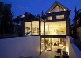 Maisons de style de style Moderne par Maxlight