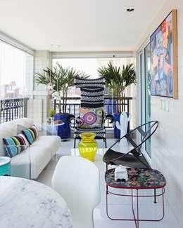 Terrazas de estilo  por Rodrigo Maia Arquitetura + Design