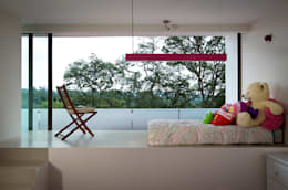 modern Bedroom by Micheas Arquitectos