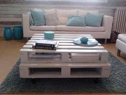 Table basse bois de palette: Salon de style de style Industriel par jamak.deco.recup