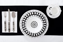 Comedor de estilo  por Castara Designs Ltd