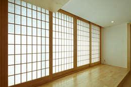 상인동 아파트인테리어: 스마트건축사사무소의  거실