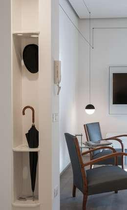 CASA SUL LITORALE [2015]: Giardino d'inverno in stile in stile Moderno di na3 - studio di architettura