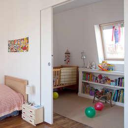 modern Bedroom by ATELIER FB