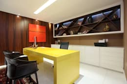 modern Study/office by Rodrigo Maia Arquitetura + Design