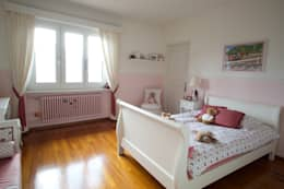 Splendida vista sul lago di Lugano: Camera da letto in stile in stile Mediterraneo di DF Design
