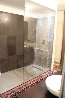 10 fantastiche idee per cambiare il box doccia - Piatto doccia piccolo ...
