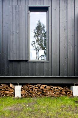 Detal elewacji: styl skandynawskie, w kategorii Domy zaprojektowany przez Magdalena Zawada