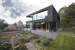 Casas de estilo moderno por CONIX RDBM Architects