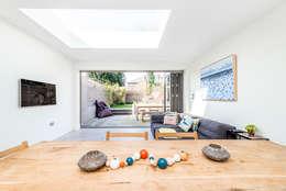 Ruang Keluarga by CATO creative