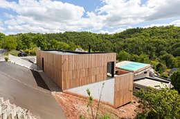 MAISON CARDAILLAC: Maisons de style de style Minimaliste par Hugues TOURNIER Architecte