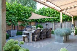 Stoere achtertuin: rustieke & brocante Tuin door Mocking Hoveniers
