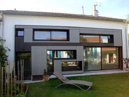 Modification de Façade - rénovation - création d'un niveau: Terrasse de style  par Clemence de Mierry Grangé