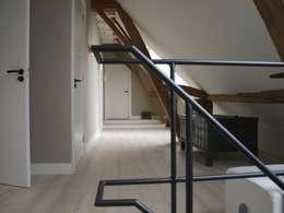 Спальни в . Автор – Frank Loor Architect
