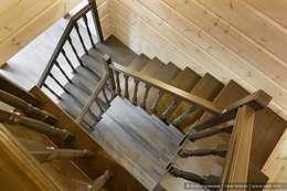 Honka, загородный дом для семьи из 6 человек: Коридор и прихожая в . Автор – Ольга Кулекина - New Interior