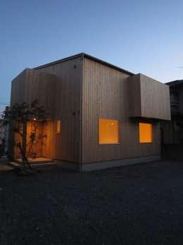 Дома в . Автор – 有限会社クリエデザイン/CRÉER DESIGN Ltd.