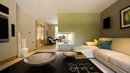 Salas de estar campestres por Wildblood Macdonald