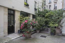 ASILE POPINCOURT 75011 PARIS : Jardin de style de style Moderne par cristina velani