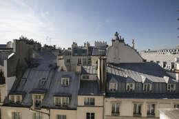 rue de rivoli 75001 PARIS: Maisons de style de style Moderne par cristina velani