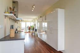 The perfect kitchen: minimalistische Keuken door Levenssfeer