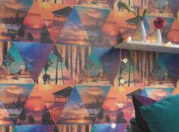 Tapte Covella:  Wände & Boden von Tapeten der 70er