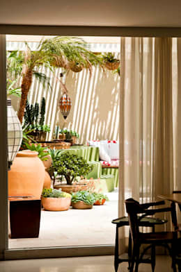 CARMELLO ARQUITETURA: eklektik tarz tarz Bahçe