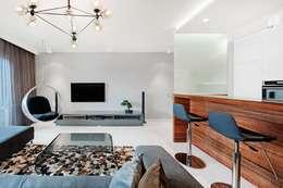 Apartament w Bielawie: styl , w kategorii Salon zaprojektowany przez Finchstudio