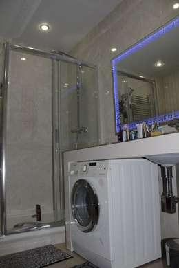 modern Bathroom by Студия интерьерного дизайна happy.design