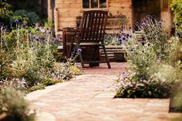 de estilo  por Green Point Garden Design
