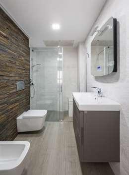 Baños de estilo minimalista por LLIBERÓS SALVADOR Arquitectos