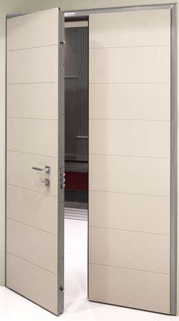 Puertas y ventanas de estilo moderno por ALIAS PORTE BLINDATE