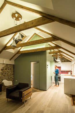 Porth Cottage:   by Bradley Van Der Straeten Architects