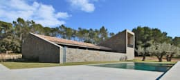 Casas de estilo rural por bellafilarquitectes