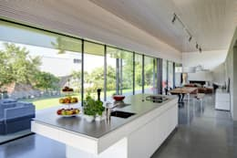 modern Kitchen by Schenker Salvi Weber
