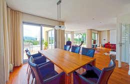 mediterranean Dining room by Haacke Haus GmbH Co. KG