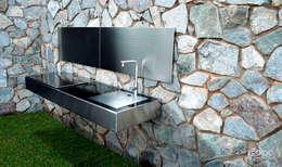 Jardines de estilo minimalista por Soc Bou