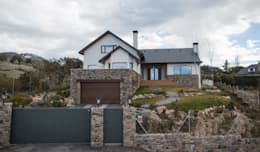 Rumah pedesaan by Canexel