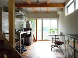 【LWH002】ダイニングキッチン: 志田建築設計事務所が手掛けたダイニングです。