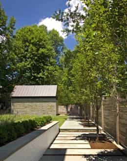 Aus dem Garten wird eine Oase : moderner Garten von Paul Marie Creation