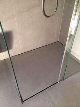 modern Bathroom by SILVERPLAT
