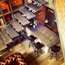 Biblioteca Higueras: Cocinas de estilo moderno por Quinto Distrito Arquitectura